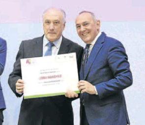 Josu Sánchez premiado por  su trayectoria empresarial