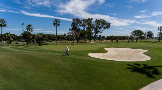 El golf, deporte de moda en tiempos de COVID